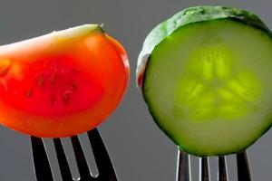 Kurkku ja tomaatti_Taru Rantala_Vastavalo_342259
