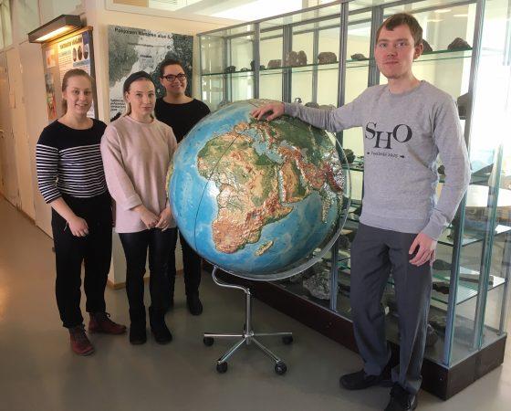 Opiskelijat pohtivat ympäristöahdistusta ja Koulujemme lähivedet -mallin toteuttamista