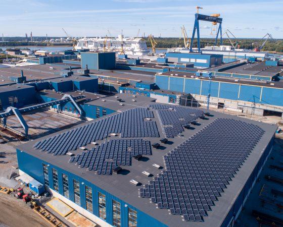 Meyer Turun telakalla otettiin käyttöön aurinkovoimala